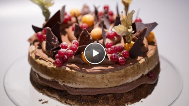 Hazelnut chocolate meringue - Rudolph's Bakery | 24Kitchen