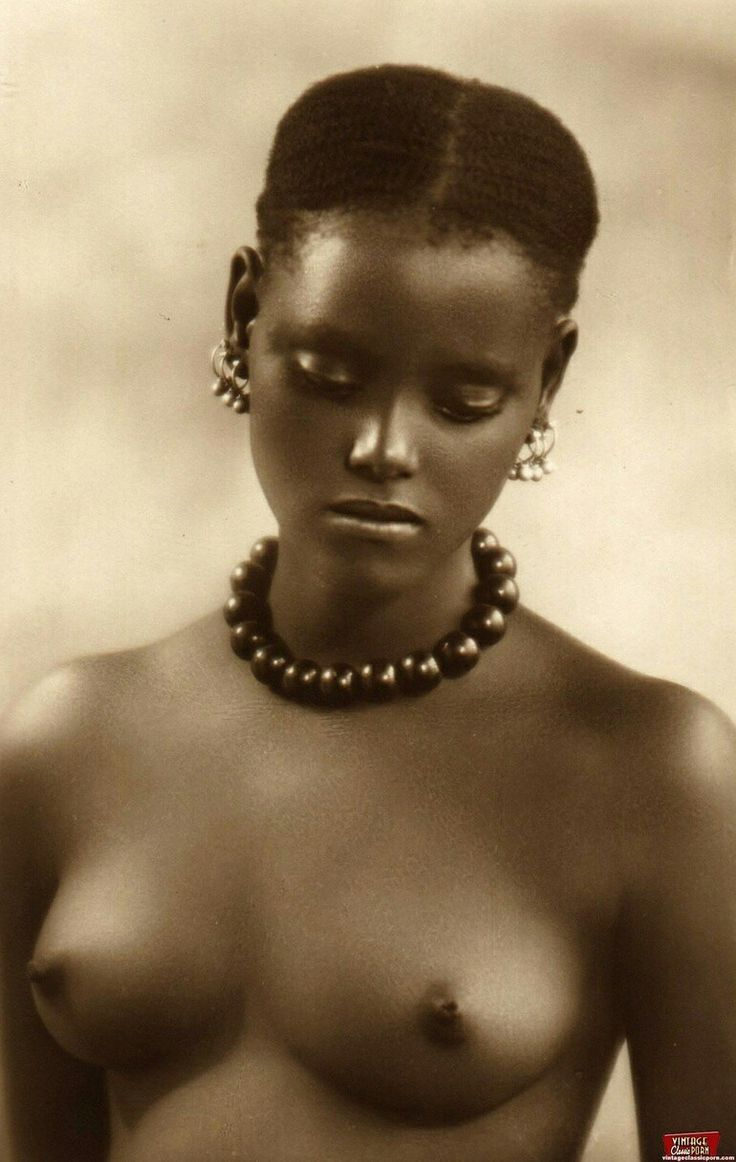Голые негритянки ретро ездят миру
