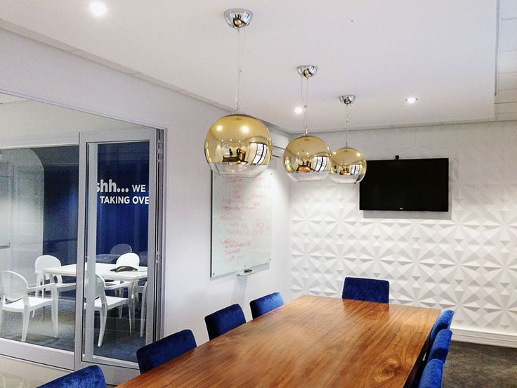 Boardroom with 3d wall art  by Greencherry Interiors http://greencherrylife.com/