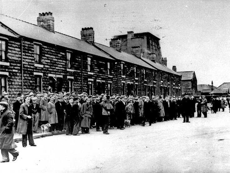 Easington Colliery Disaster. Tuseday 29th May 1951 - waiting for news outside the Colliery gates