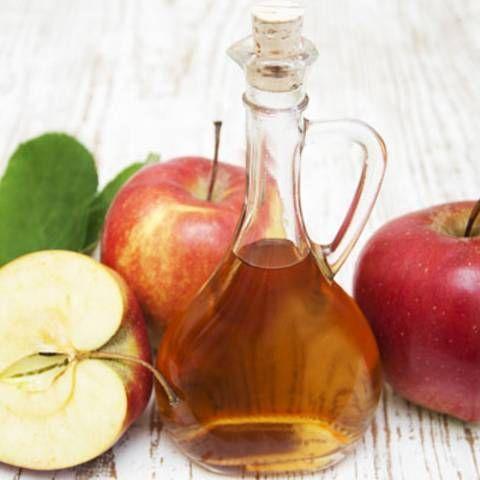 Naturkosmetik: Wie Apfelessig Haut und Haare strahlen lässt