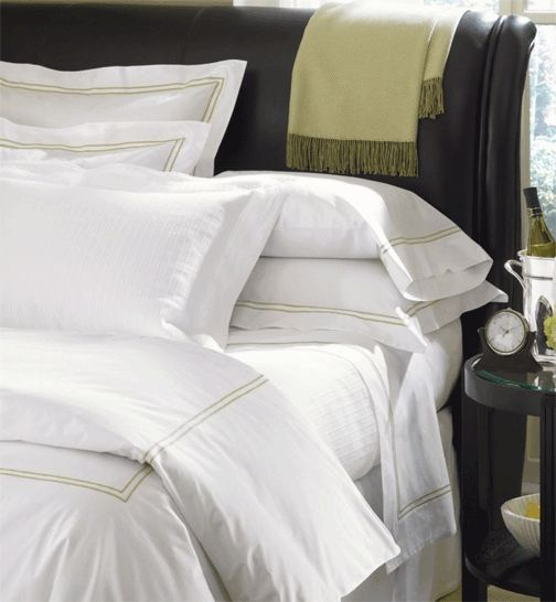 28 best luxury bedding images on pinterest luxury bed for Luxury hotel collection 800 tc egyptian cotton duvet cover set