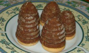 Recept na vosí hnízda. Jedná se o úžasné nepečené cukroví, které patří již tradičně k Vánocům. Připravte si vosí hnízda (včelí úlky) na poslední chvíli, protože je připravíte opravdu za chvilku.