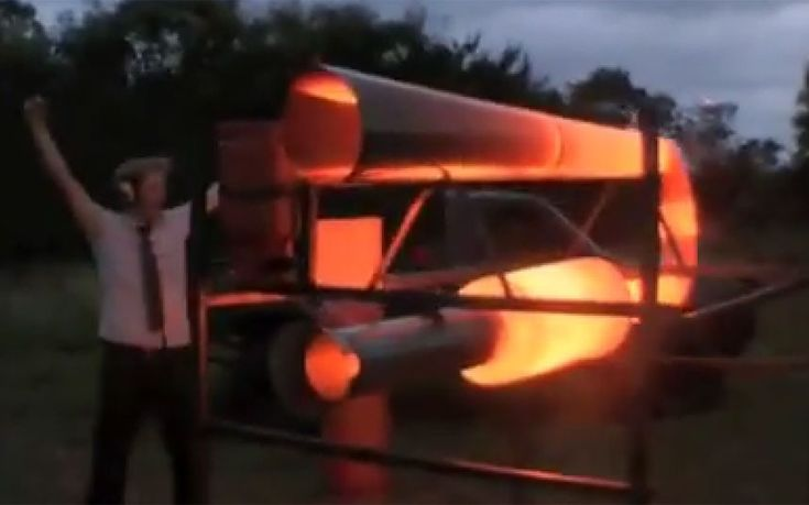 Oh dear... British inventor builds giant 'fart machine'