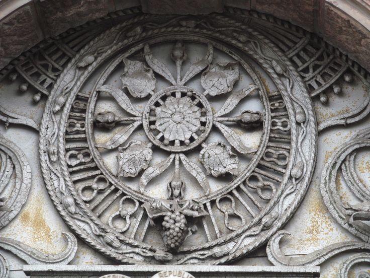 Palatul Fischer Eliza-detaliu ușă