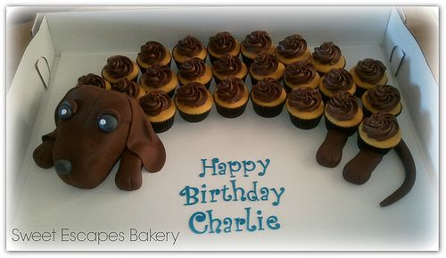 Wiener Dog Cupcake cake-Aubrie's theme this year....Doggies