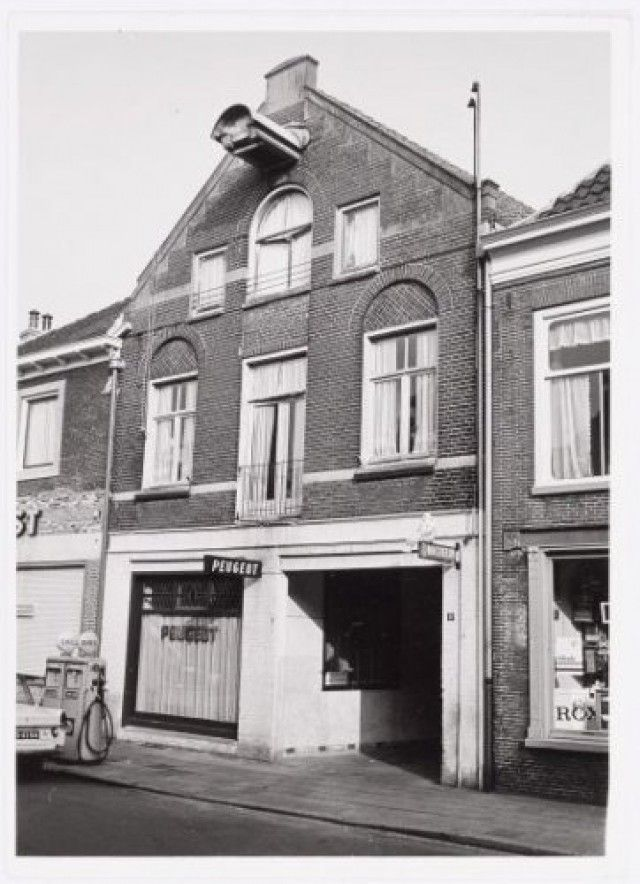 245 best amersfoort images on pinterest holland for Garage peugeot 44
