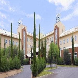 07 Sheraton Golf Parco de Medici Hotel