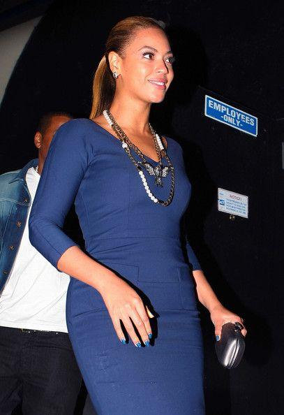 Beyonce Knowles Bright Nail Polish - Beyonce Knowles Looks - StyleBistro