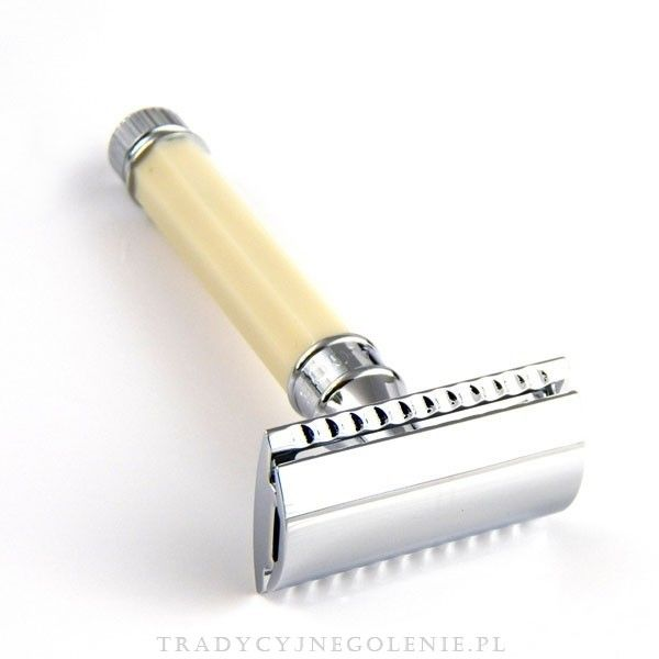 Ta elegancka tradycyjna maszynka do golenia Edwin Jagger cieszy się ogromnym uznaniem wśród zwolenników golenia na mokro. Każdy szczegół maszynki został dopracowany przez fachowców Edwin Jaggera - precyzyjnie wykonany grzebień oraz solidna ośmioboczna rączka w kolorze kości słoniowej sprawią, że codzienne golenie jest przyjemnością. Wszystko wykończone jest wysokiej jakości chromowaniem.
