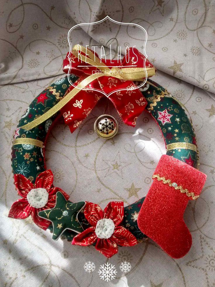 #wreath #christmas #patchwork Decorations / #coroa de #Natal em patchwork embutido. Decorações de Natal.