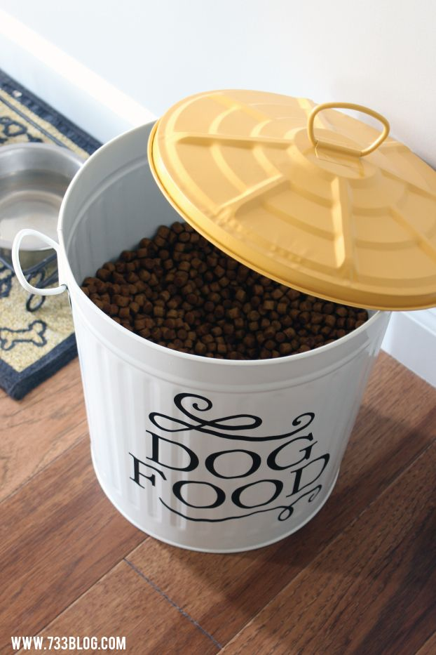 DIY Dog Food Can.  NEED to do this!!  Much nicer than a plastic tote