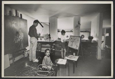 Citation: David Berger and family in his home studio, 1962 / Joseph Runci, photographer. David Berger papers, Archives of American Art, Smithsonian Institution.