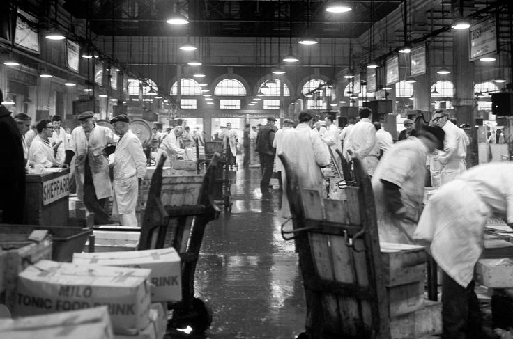 Inside Billingsgate in 1969.