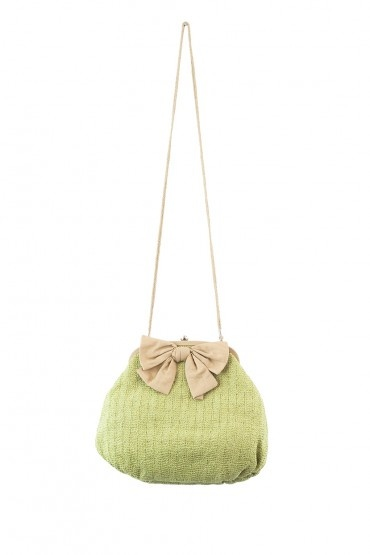 http://www.drbloom.es/complementos/bolso-lazo-verde.html
