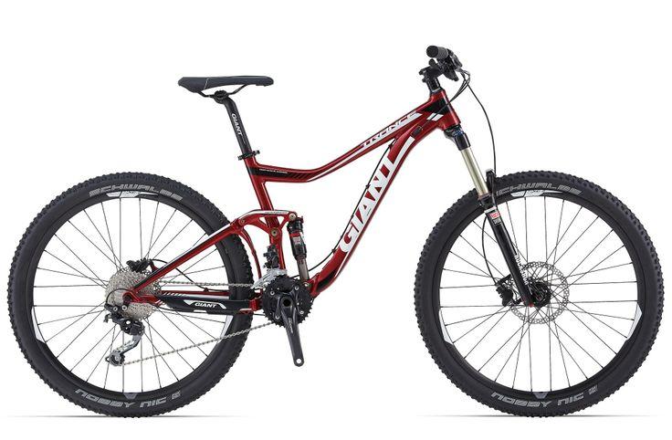 GIANT TRANCE 27.5 3 2014  Una bicicleta para disfrutar en terrenos exigentes, ofrece seguridad, comodidad y diversión.    Destaca su transmisión 2x10V Shimano Deore, horquilla RockShox Sektor Silver RL Solo Air de 140 mm con eje pasante QR15, amortiguador RockShox Monarch R, frenos hidráulicos de disco Shimano M395. Color: Rojo. PRECIO:1599€  +INFO: http://www.bikingpoint.es/bicicleta-giant-trance-27-5-3.html