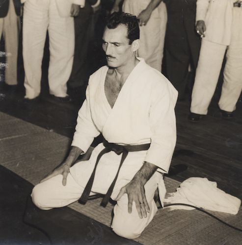 Helio Gracie. Co-founder of Brazilian jiu-jitsu, 10th degree red belt, grand master.