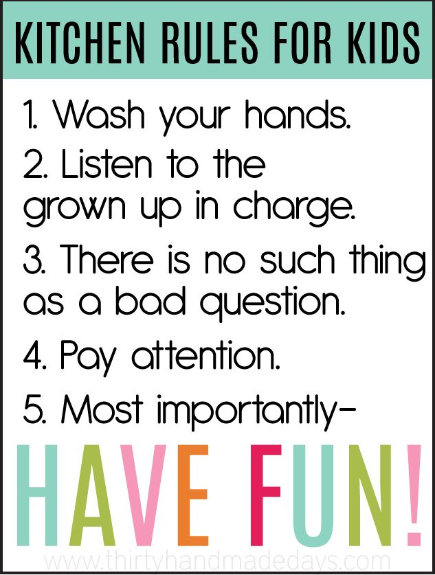 Important rules to teach your kids with cooking!  From ThirtyHandmadeDays.com  (Good article on teaching kids kitchen skills!)