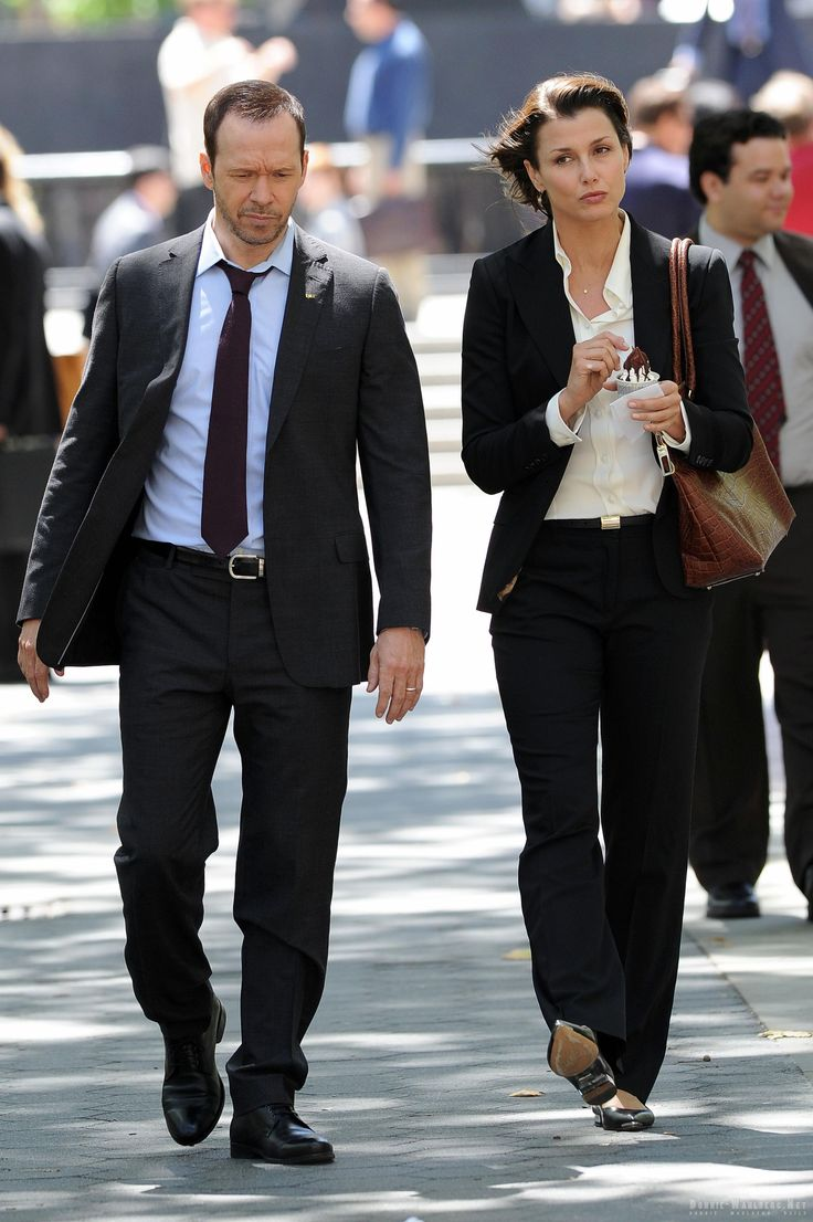 Donnie Wahlberg & Bridget Moynihan - Blue Bloods set 8-14-2013