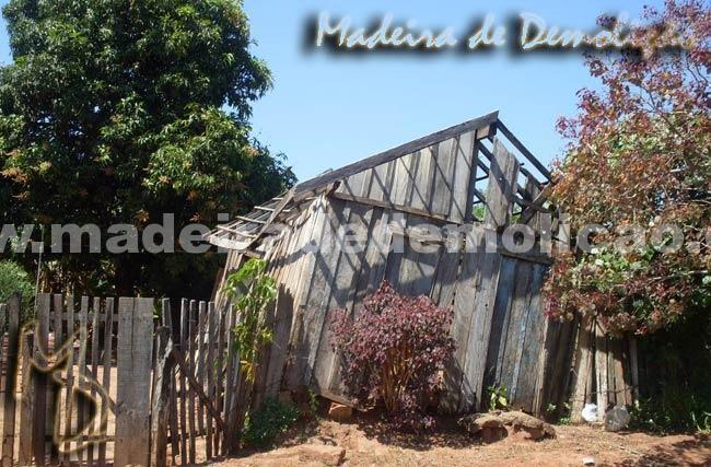 Casa Antiga para Demolição - Tábuas de Peroba Rosa de Demolição - www.madeiradedemolicao.com