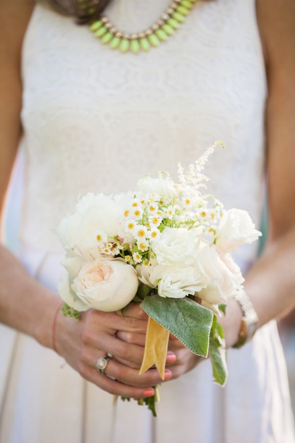 Peony and Daisy Bouquet | photography by http://www.charlie-juliet.com