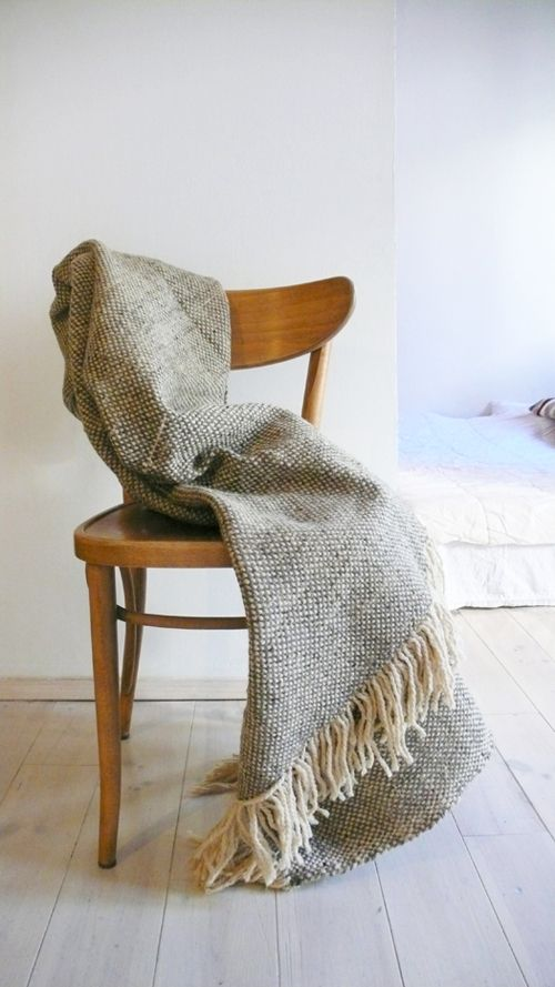 Woven in hand loomed in the souks of marrakech of 100% wool with hand made.Stunning Moroccan fine wool blanket. For your bed or sofa..: Color: Ecru and grey-brown. Natural color undyed wool..: Material: 100% WOOL.: Size: 1,75 m wide x 1,50 m long. // 68,5 in wide x 59 in long.Hand-spun WOOL , 100% wool made in Morocco. Dry cleaning or can be washed by hand in warm water with a mild detergent.