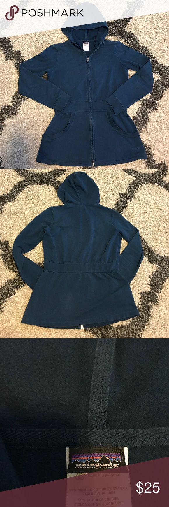 Women's Patagonia Full-Zip Jacket (S) Women's Patagonia Full-Zip Jacket (S) Good Condition Patagonia Jackets & Coats