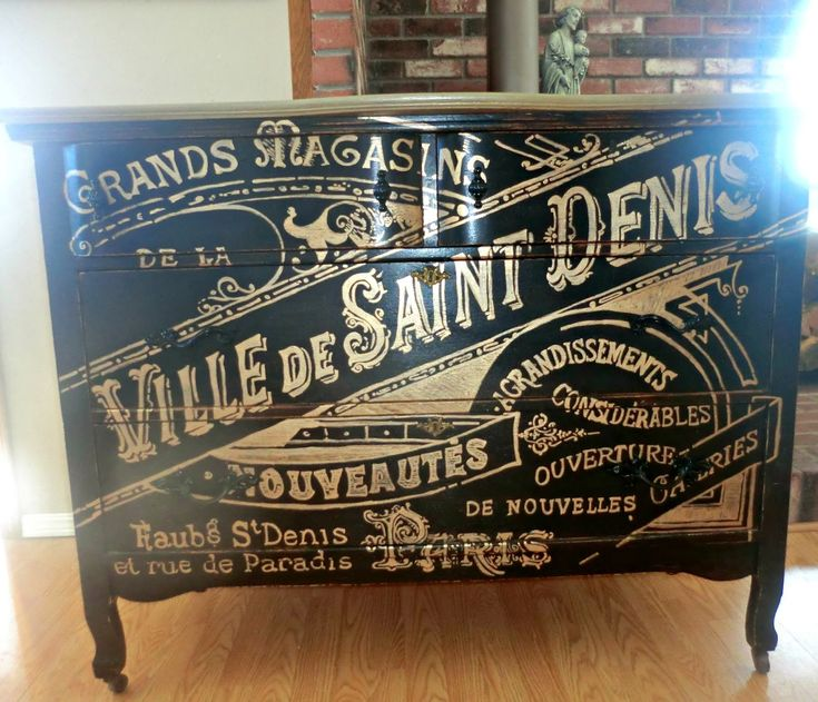 French Graphics Dresser in Black with Metallic Gold http://thejunkinourtrunks.blogspot.com/2014/02/black-and-gold.html