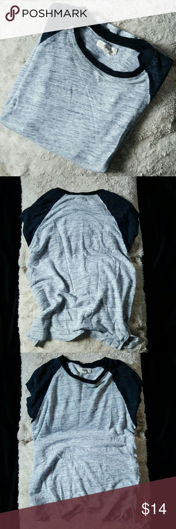 Madewell tee In great condition. Perfect paired with a Jean jacket and leggings.. Madewell Tops Tees - Short Sleeve