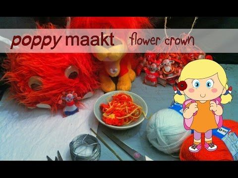 Poppy makes… a flower crown. In this video tutorial I will explain how you can make a Kingsday flower crown. Have fun! Poppy maakt… een bloemenkroon. In deze instructie video zal ik je uitleggen hoe je een Koningsdag bloemenkroon  maakt. Veel plezier!