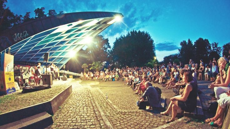 Freiburg stimmt ein - eine Plattform für Bands + Musiker jeder Couleur! - Zum Tag der Musik finden auch dieses Jahr wieder zahlreiche Veranstaltungen im gesamten Bundesgebiet statt.