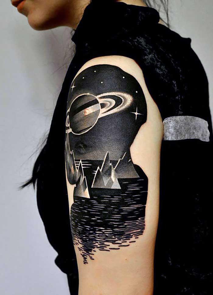 El espacio sideral en 17 increíbles tatuajes - Cultura Divertida