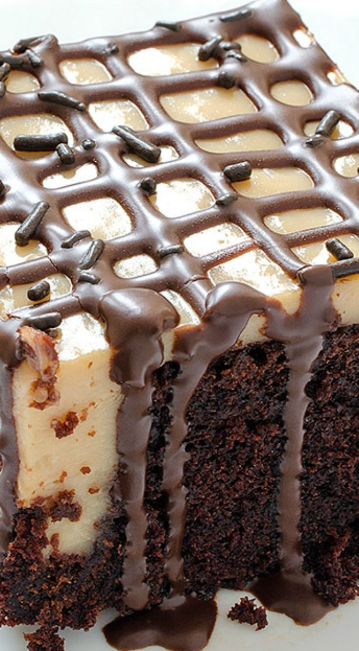 Caramel Poke Cake ~ Perfect combination of caramel and chocolate... Caramel Poke Cake the best, So delicious and moist!