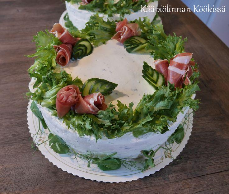 Kääpiölinnan köökissä: Juhlan aika! - kakkuja uusille ylioppilaille ♥