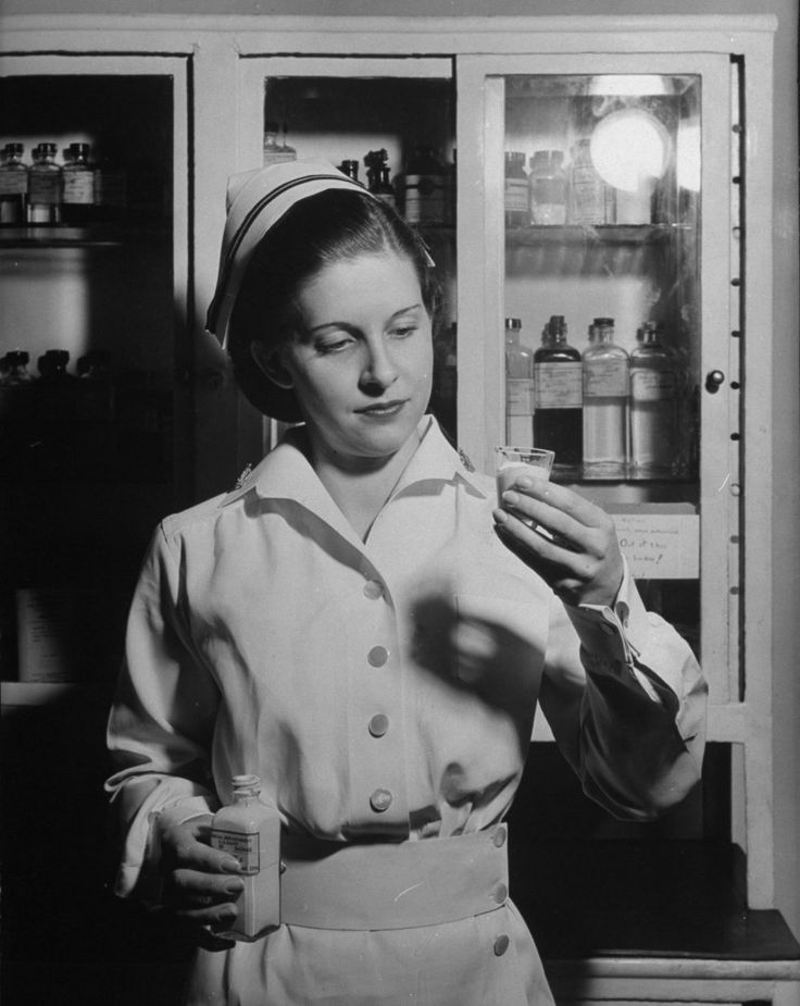 Outtake from a Jan. 1942 article about the activities of Red Cross nurse aides. George Strock—The LIFE Picture Collection/Getty Images