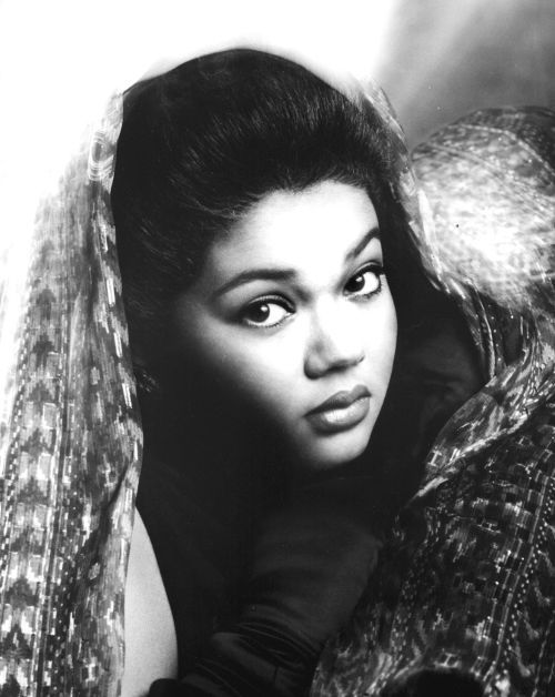 Angela Bofill Cuban 🇨🇺 Puerto Rican 🇵🇷🇩🇴 American 🇺🇸 Singer
