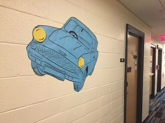 """This Amazing """"Harry Potter"""" Themed Dorm Is Hogwarts IRL"""