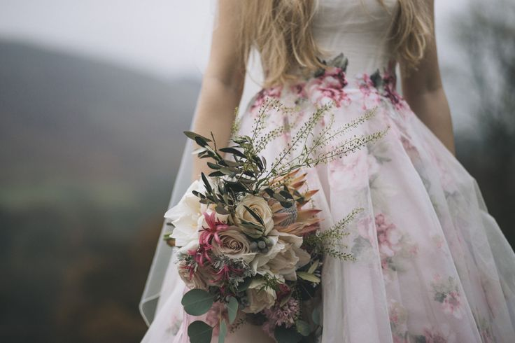 Romantic, blowsy, blooms in nudes and pale pinks. Captured by Shelley Richmond Photography
