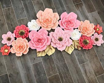 Flores de papel rosa, salmón, coral, blancos y oro Acentos establecer si 14