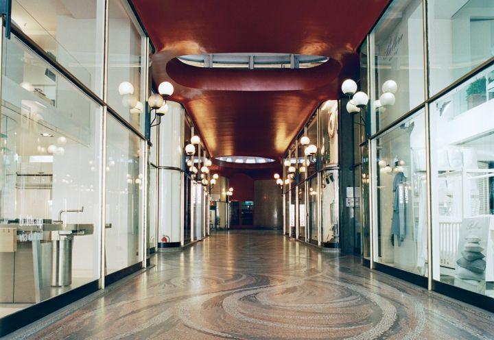 Galleria Strasburgo, centro di Milano. Ph. Gaia Cambiaggi