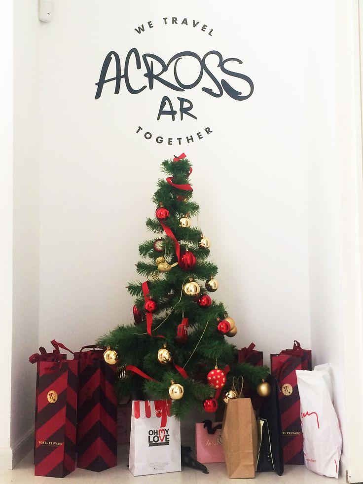 In @acrossargentina we #celebrate #christmas #christmasTime #goodTimes #team #merryChristmas #happyxmas #christmasEve #bestwishes #2016 #peace #love #joy #happiness #travel .................................................. En @acrossargentina festejamos #navidad #felizNavidad #felicidades #feliz2016 #felicesfiestas #hayequipo!