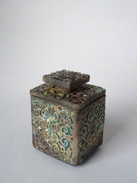 Raku Ceramic Ring Box. Sue Oley.  Soley on etsy.