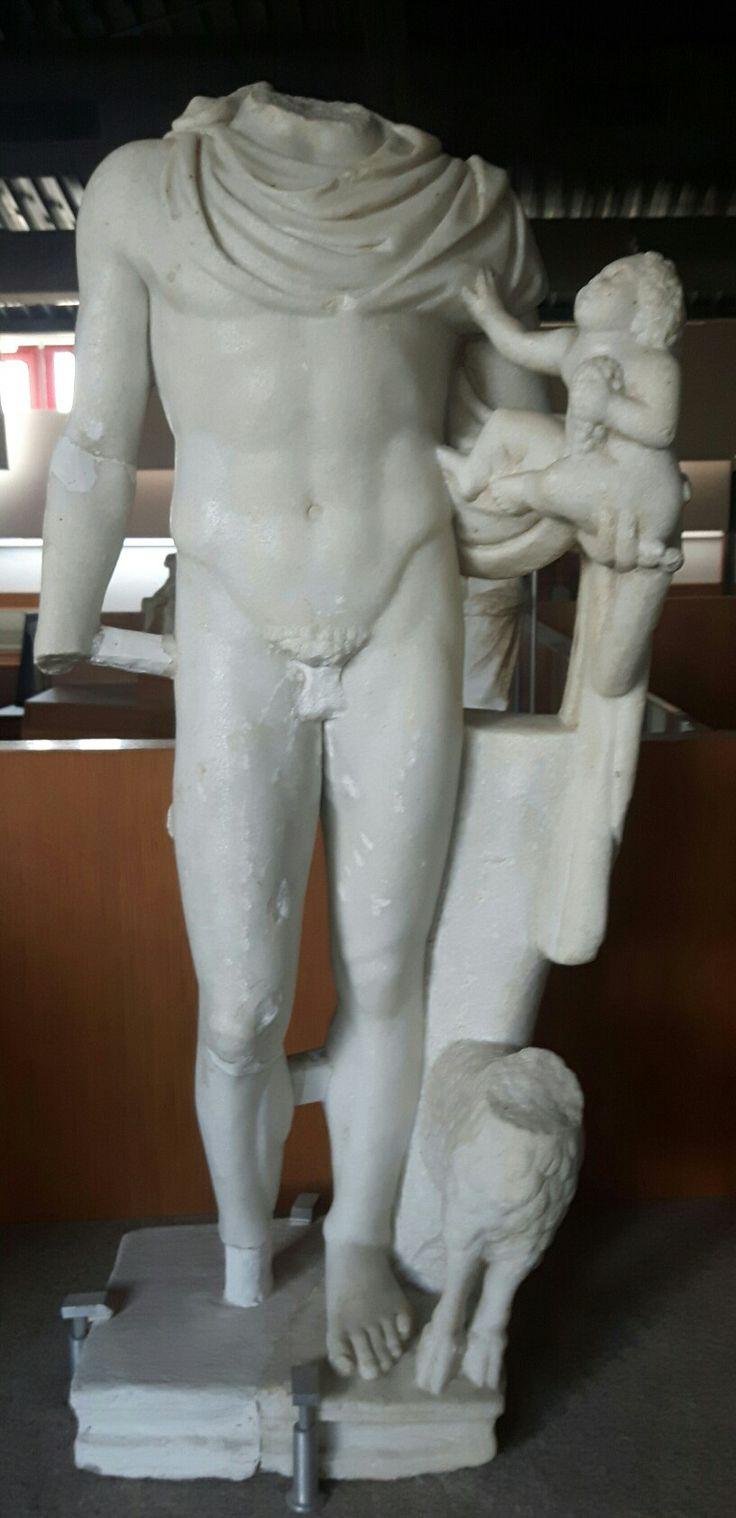 Hermes e Dioniso. I sec. d.C. Paestum