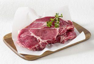 Fleisch wie rohe Steaks und Hackfleisch können Sie problemlos einfrieren. Wir zeigen Ihnen, was Sie beim Fleisch einfrieren beachten sollten und wie Sie das Fleisch wieder auftauen.