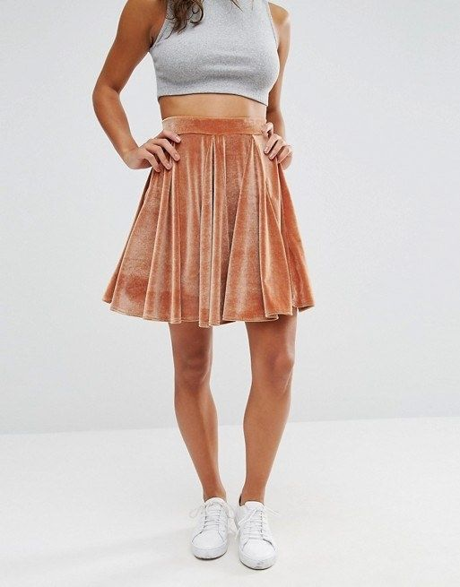 Flounce around in this super flattering skater skirt.