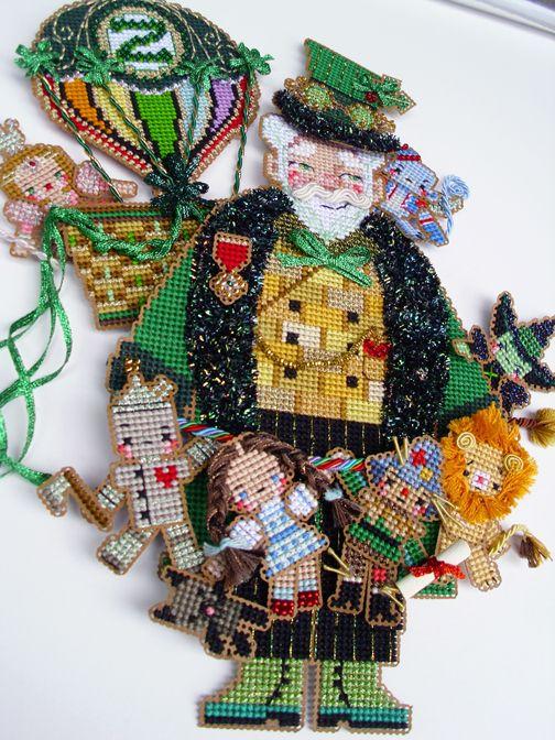 Brooke's Books Spirit of Oz Santa cross stitch dimensional ...