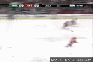 This gif!!! What a trip! LOLOL Is that Osgood goaltending? Looks like Chelios towards the end of the loop! Minnesota Wild vs Detroit Red Wings
