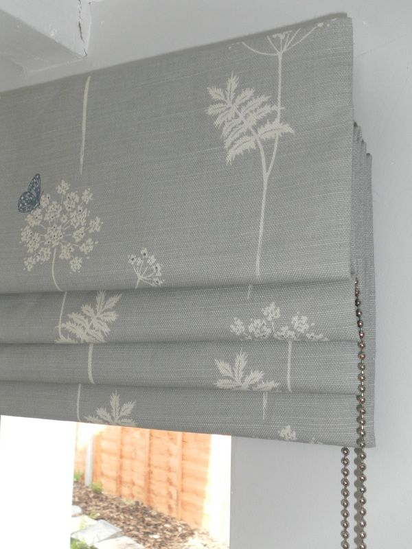 Best 25 roman blinds ideas on pinterest roman shades living room roman blinds and bedroom - Best blind for bathroom ...