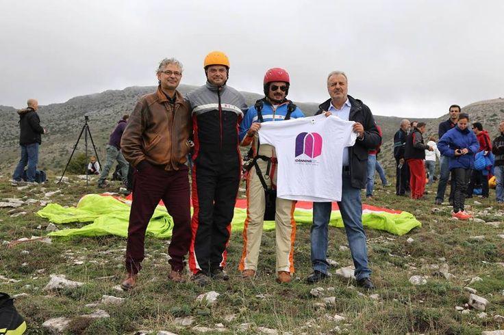 """«Πετάμε για τα Γιάννενα» και για τη διεκδίκηση του τίτλου της Πολιτιστικής Πρωτεύουσας της Ευρώπης το 2021!! (διοργάνωση: Αεραθλητικό Σωματείο Ιωαννίνων και Δήμος Ιωαννιτών) Φωτογραφίες: Αιμίλιος Νέος """"We fly to Ioannina"""" and claiming the title of Cultural Capital of Europe in 2021 !! (organized Aerosport Association of Ioannina, Ioannina Municipality) Photos: Emilios Neοs)"""
