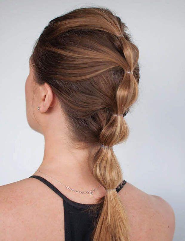 Une ponytail à plusieurs étages Une chose est sûre, vous nepasserez pas inaperçue à la salle de sport avec cette coiffure !